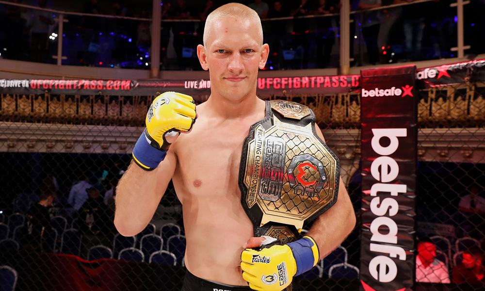 Cage Warriors Champion Oskar Piechota signs with the UFC